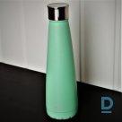 Зеленая тепловая бутылка